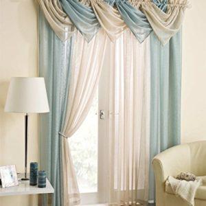 Semplice ed elegante mantovana celeste modello Casablanca con brillantini, e nappa decorata di perline, drappo in voile, decorazione per finestre